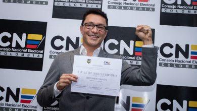 Photo of Es oficial: Caicedo recibió credencial que lo acredita como Gobernador electo del Magdalena