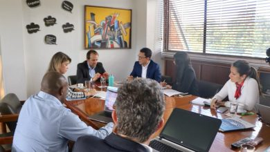 Photo of Caicedo y Virna logran apoyo de MinDeporte para planes de desarrollo