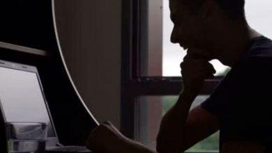 Photo of Hombre con discapacidad auditiva demanda web para adultos por no usar subtítulos en sus videos