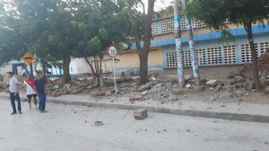 Photo of Alcaldía reparará muro caído en la I.E.D. Rodrigo de Bastidas