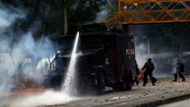 """Photo of Gobierno """"arma"""" al ESMAD en medio de la emergencia por coronavirus"""