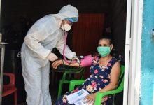 Photo of 600 adultos mayores reciben atención médica y mercados de calidad en sus propias casas