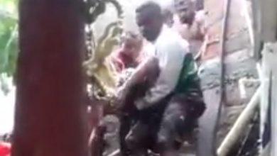 Photo of Dos muertos y un herido deja deslizamiento de una pared en Gaira tras fuerte aguacero