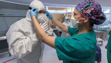 """Photo of Ya está abierta la convocatoria para trabajadores de la salud en el programa """"Por los que nos cuidan"""""""