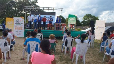 """Photo of Lanzan en Aracataca programa de titulación masiva """"Nuestra Casa"""""""