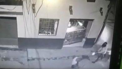 Photo of Video muestra cómo mataron a joven en el barrio Zarabanda de Gaira