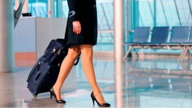 Photo of Investigan a una azafata que ofrece servicios sexuales en pleno vuelo