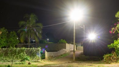 Photo of Essmar dota con luces LED al barrio Las Tunas